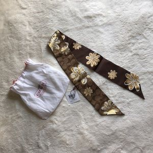 COACH Poppy Rose Scarf